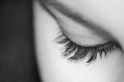eye_eyelashes_white_black_woman-713432.jpg!d